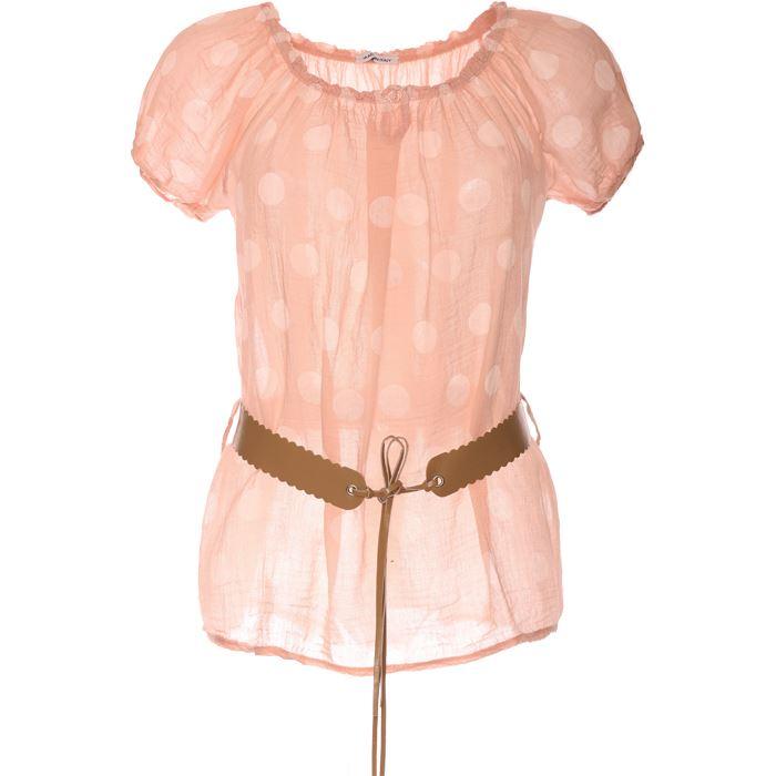Tunique rose : c'est une de mes tenues de travail.