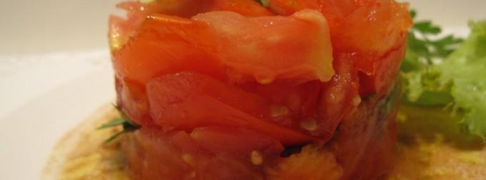 Tartare de tomates, c'est une recette estivale délicieuse mais surtout inratable