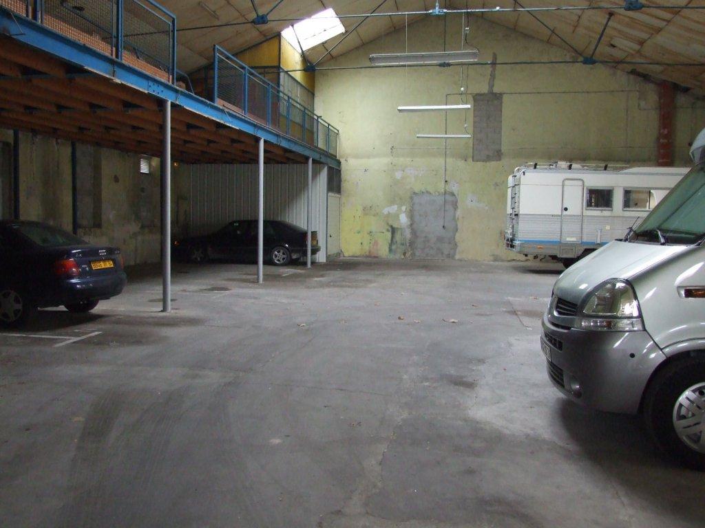 Une place de parking qui m attend bien au chaud - Place de parking location ...